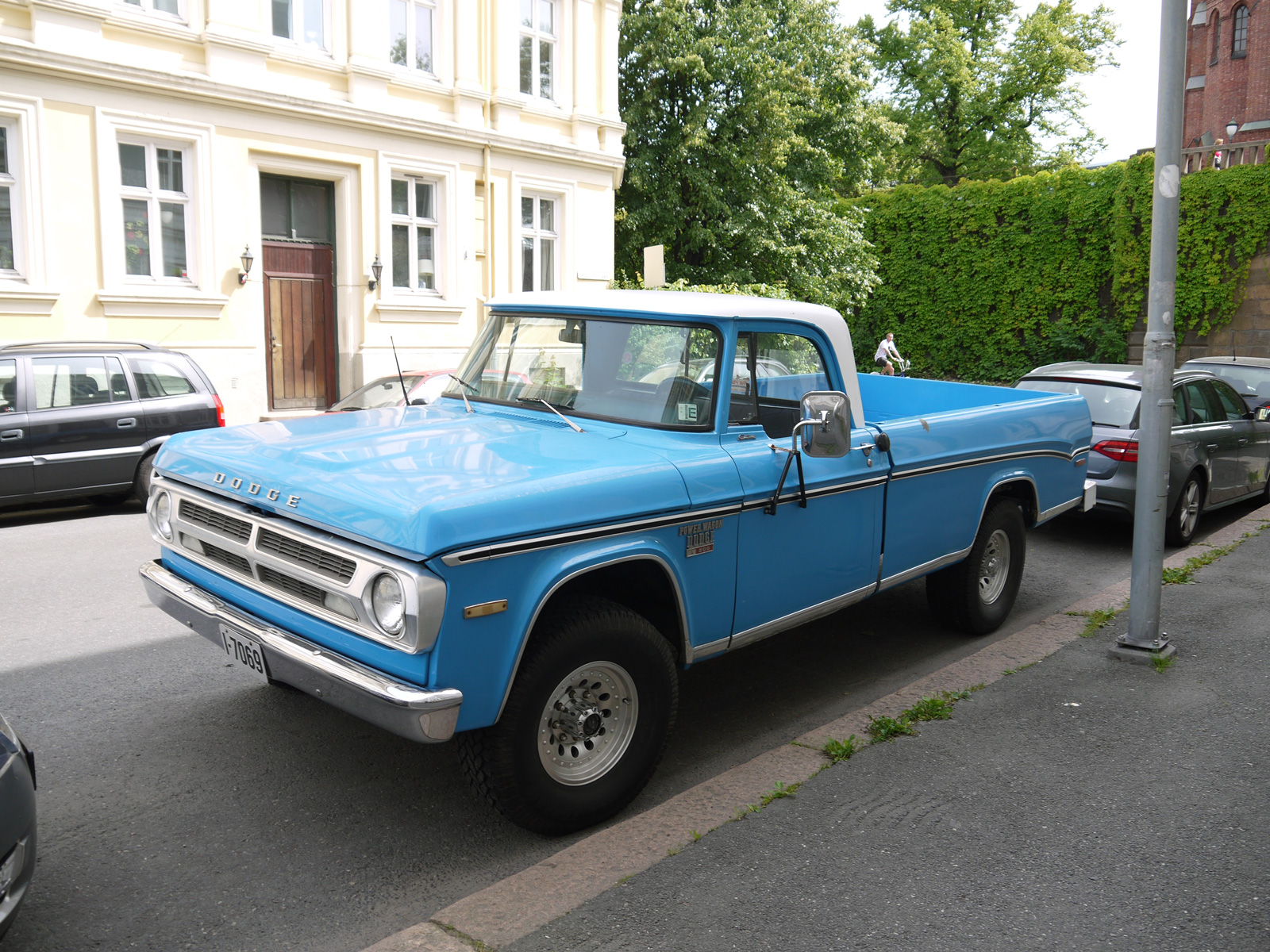 1970 Dodge Power Wagon W200 off road pickup oslo