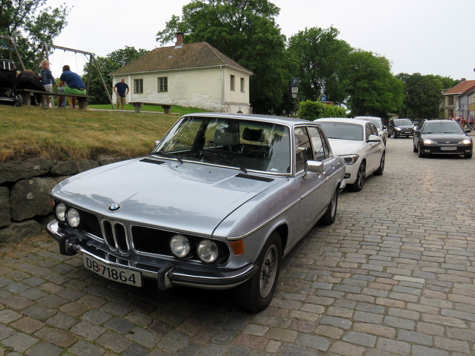 1975 Bmw 3.0 SA e3 new six classic cars parked norway