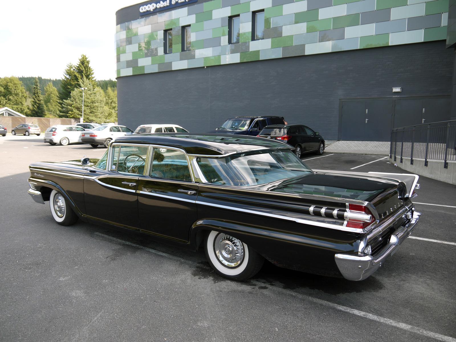 1959 Mercury Monterey four door hardtop parked oslo