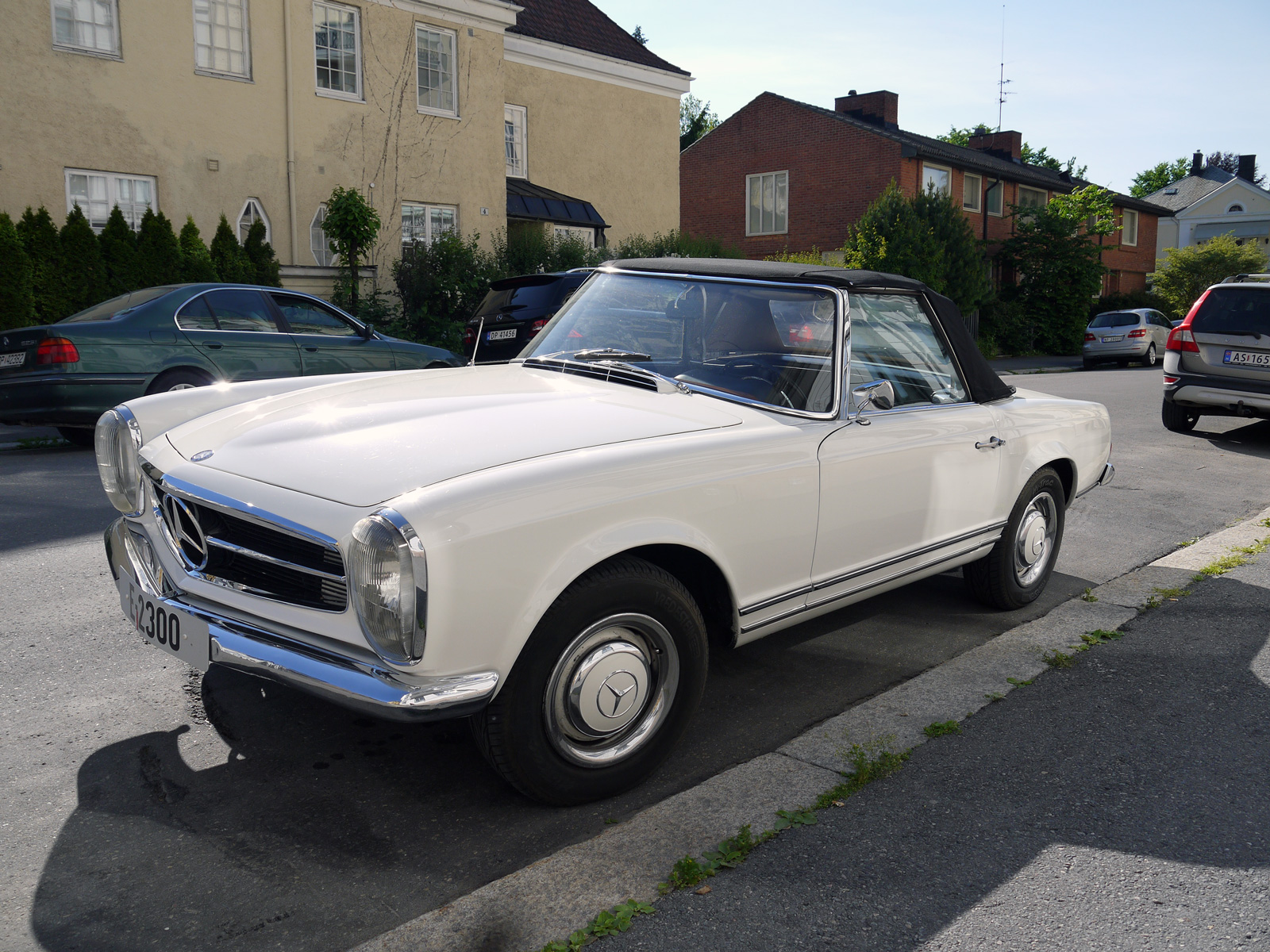 1964 Mercedes-Benz 230 SL W113 Pagoda Roadster Oslo Norway